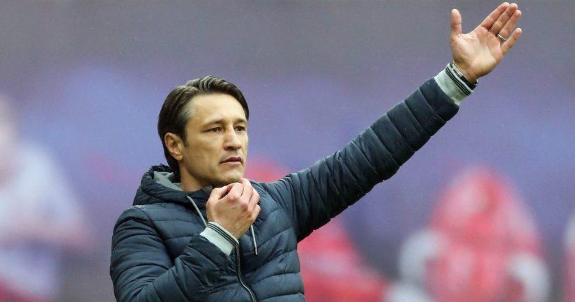 Käsi ylös vaihdon merkiksi? Niko Kovacille povataan lähtöpasseja Bayern Münchenistä.