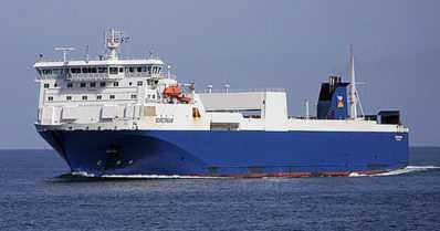 Seitsemän pelastettiin uppoavasta laivasta yöllä – suomalaisalus paikalla ennen meripelastajia