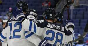 Pikkuleijonat eivät jättäneet nyt mitään sattuman varaan – Suomi kaatoi Tanskan MM-kisoissa
