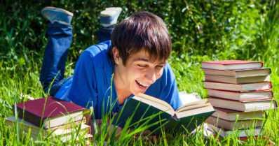Lukutaito ehkäisee eriarvoistumista – ja yhdeksän muuta faktaa lukemisesta