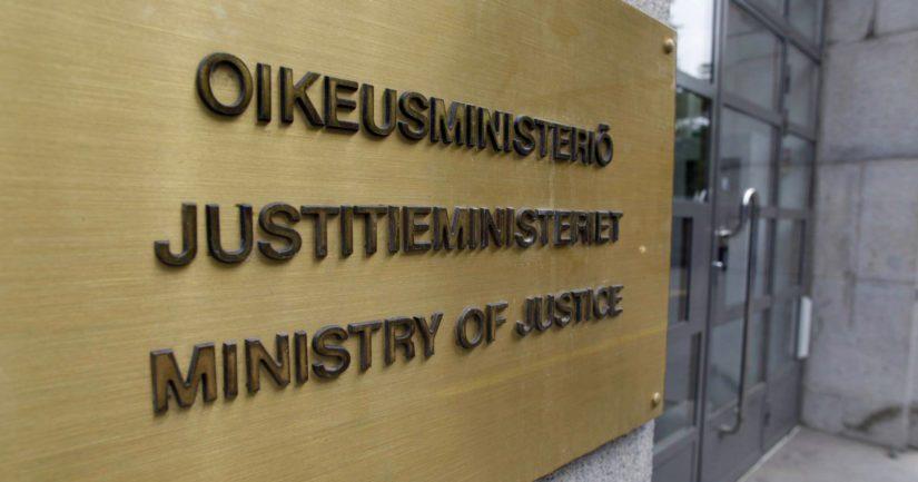 Oikeusministeriö on valmistellut tiedusteluvalvontavaltuutetun nimittämistä.