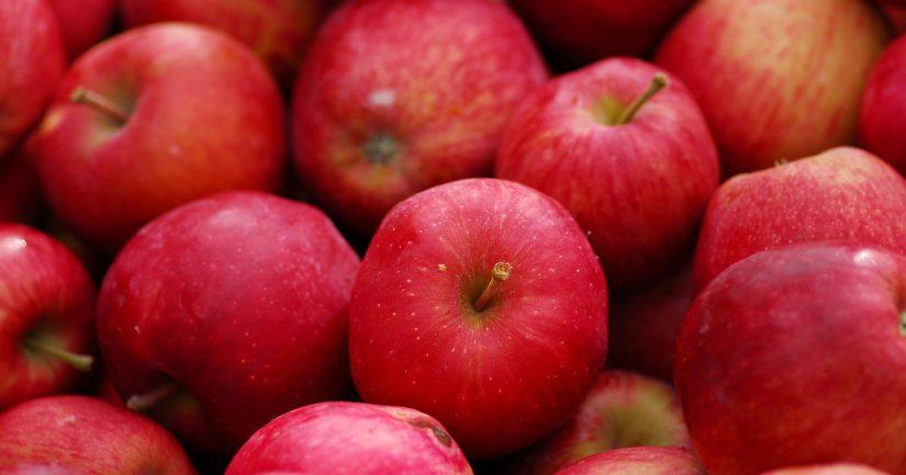 Omenat ovat listalla, kasvinterveysvaatimusten ulkopuolella jäävät hedelmistä banaani, taateli, durio, ananas ja kookos.
