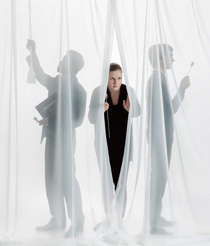 Pääpalkinto yli 30-min: Orkesterin edessä (Anna-Karin Grönroos, 2019).