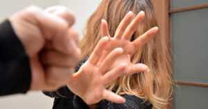 Väkivaltaista velanperintää – kohteena Kelan perusturvalla toimeen tulevat henkilöt
