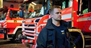 Ruotsi kiitti palomiehistä ja pyysi pelastusjoukkueelle jatkoa – Suomi jää auttamaan metsäpalojen sammuttamisessa