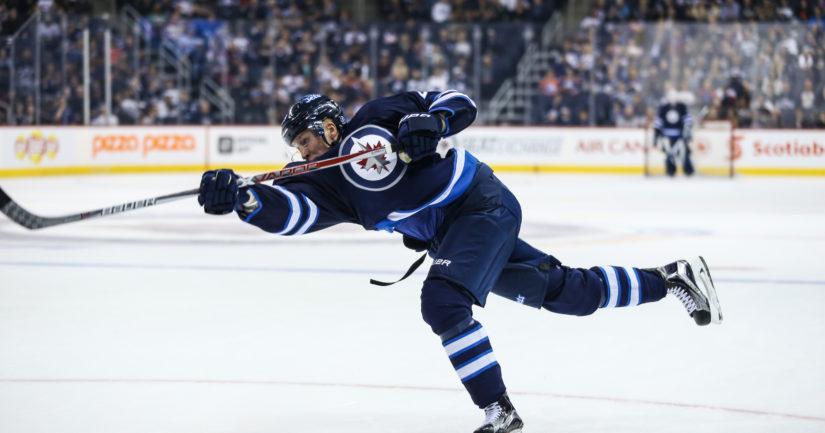 Patrik Laine ampui kolmannen hattutemppunsa yön NHL-kierroksella.