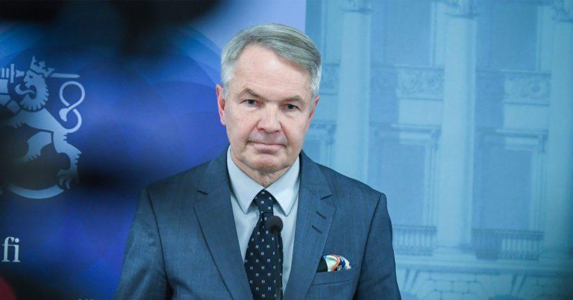 Ulkoministeri Pekka Haavisto kertoi, että myös Afganistanissa olevia Suomen kansalaisia on pyytänyt konsuliapua aiempaa arviota enemmän.