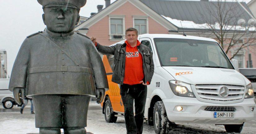 Pekka Möttö lanseeraa uuden halpataksin, jossa kyyti maksetaan sovelluksella eikä kuljettajalle.