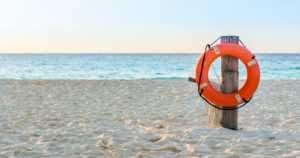 Uimassa kavereidensa kanssa ollut tyttö painui veden pinnan alle – menehtyi elvytyksestä huolimatta