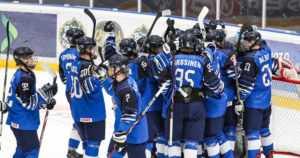Pikkuleijonat ryhdistäytyi viime tingassa – Sveitsi kaatui murskalukemin jääkiekon MM-kisoissa