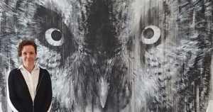 Graffititaidetta kadulta museoon – mustavalkoisia muraaleja villeistä metsän eläimistä