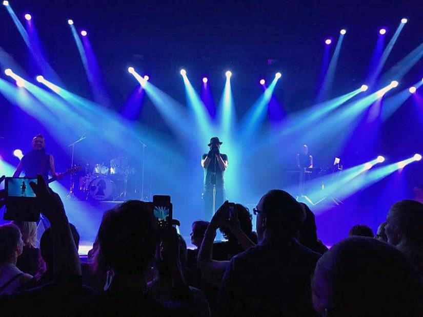 Poets of the Fallia kuullaan pelien ääniraitojen lisäksi parhaillaan Clearview-konserttikiertueella. (Kuva Markus Azeltine)