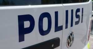 Taksi yritettiin ryöstää yöllä – poliisikoira löysi miehen makaamasta ojasta