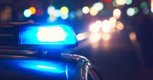 Hätäkeskukseen ilmoitettiin kaistalta toiselle seilaavasta autosta – poliisi pysäytti takaa-ajon jälkeen