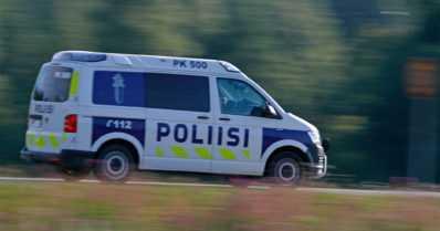 Rikoksesta epäilty ajoi vastaantulevaa ajoneuvoa päin – silminnäkijöitä pyydetään ilmoittautumaan poliisille