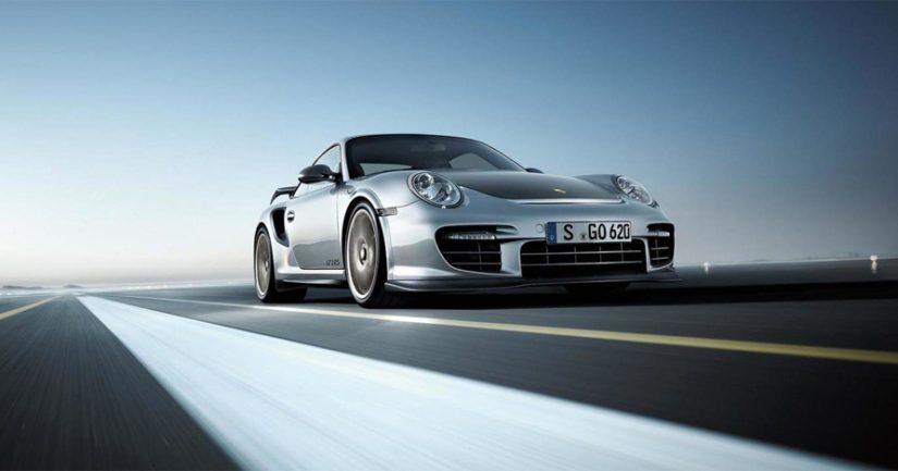 Stuttgartilaiset kehittävät parhaillaan vieläkin tehokkaampaa GT2 RS:ää.