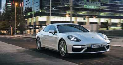 Tämän hetken tehokkain Porsche on neliovinen hybridi