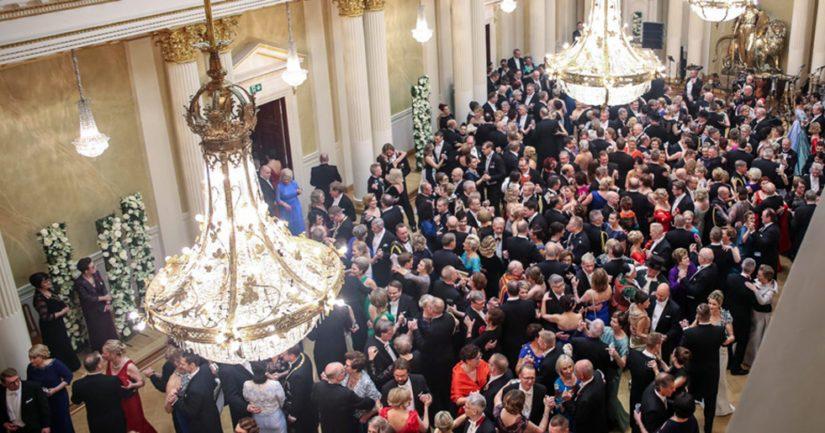 Tanssia Valtiosalissa vuoden 2018 itsenäisyyspäivän juhlavastaanotolla.