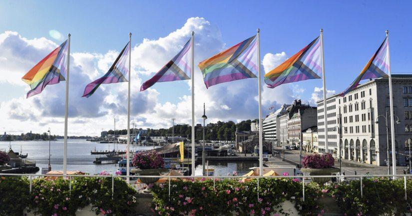 Helsingin kaupungintalolla liehuivat Pride-liput jo viime vuonna.