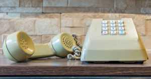 Erikoinen vaatimus Kelalta – kuulo- ja puhevammaisten tehtävä ensimmäinen taksitilaus puhelimitse!