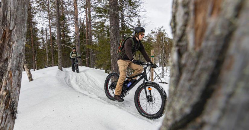 Pyhävaaralla Kuusamossa on monipuoliset talvipyöräilymaastot.