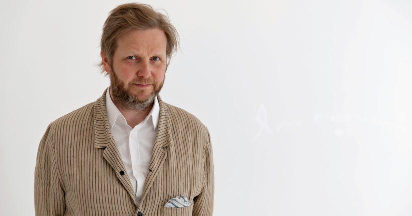 Palkittu Ragnar Kjartansson on islantilainen kuvataiteilija.
