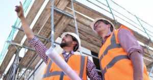 Eristäisitkö talosi rahkasammaleella tai turpeella? – Rakennuseristeiden ekologisuus kiinnostaa