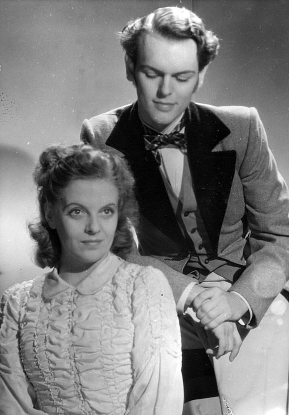 Sekä Leif Wager että Regina Linnanheimo olivat aikakautensa suosituimpia näyttelijöitä.