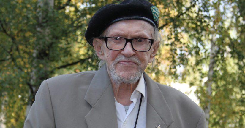 Sotakamreeri Reino Lehväslaihon sotakokemuksia on kuvattu myös Åke Lindmanin elokuvassa Tali-Ihantala 1944.
