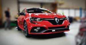 Renaultin kuvat vuosivat julkisuuteen – Megane RS pyrkii luokkansa nopeimmaksi etuvetoiseksi autoksi