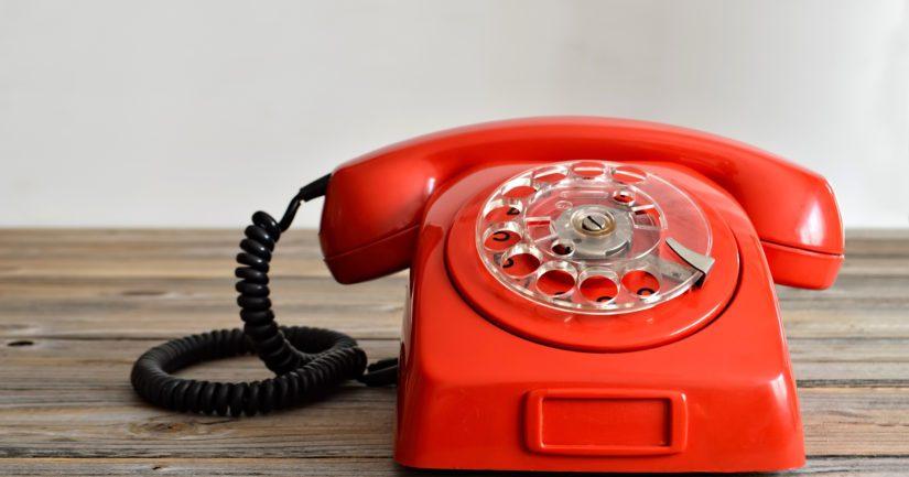 Palvelevan puhelimen asiakaskunta muuttui yhteiskunnassa tapahtuneiden muutosten myötä.