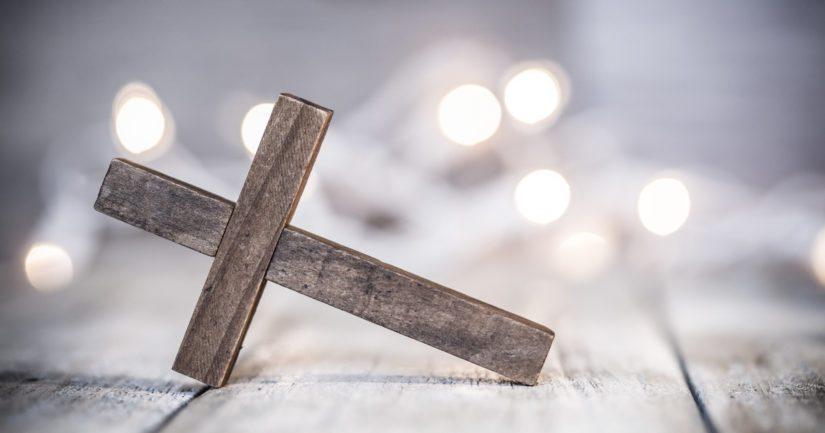 Lähes puolet kirkosta eronneista koki ratkaisevana tekijänä sen, ettei ole uskonnollinen ihminen tai ei usko Jumalaan.