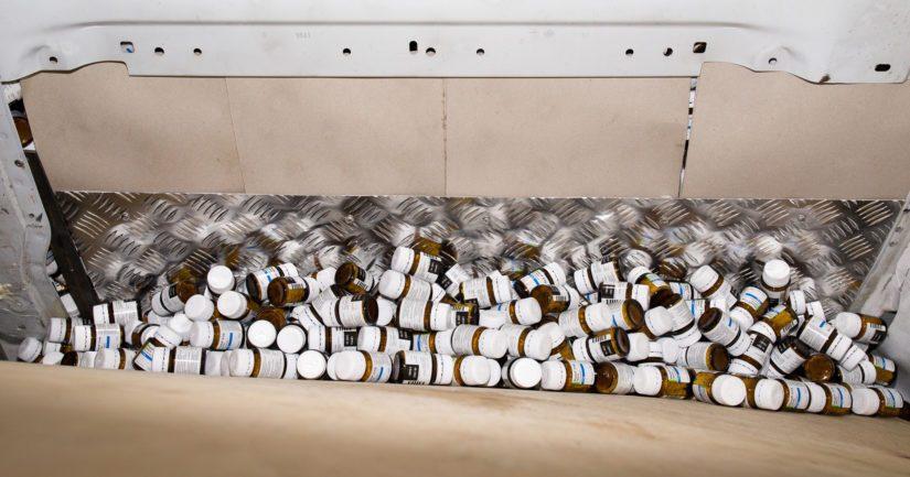 Salakuljettajat lähtivät liikkeelle Romaniasta, hakivat pillerit Unkarista ja toivat ne Suomeen Ruotsin kautta.