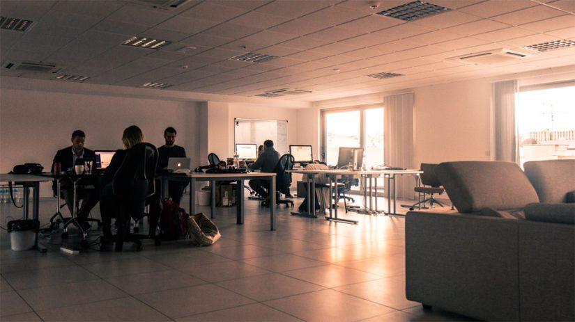 Vuonna 2008 perustetun yhtiön palveluksessa on työntekijöitä vähintään 15 eri maasta, myös useita suomalaisia.