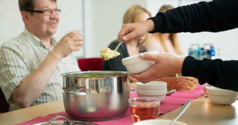 Ruoka-apu.fi-sivusto kokoaa ruoka-aputoimijat ja -tapahtumat yhteen Suomessa.