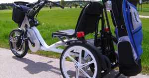 Kolmipyörä yhdistää autolla ja pyörällä liikkumisen