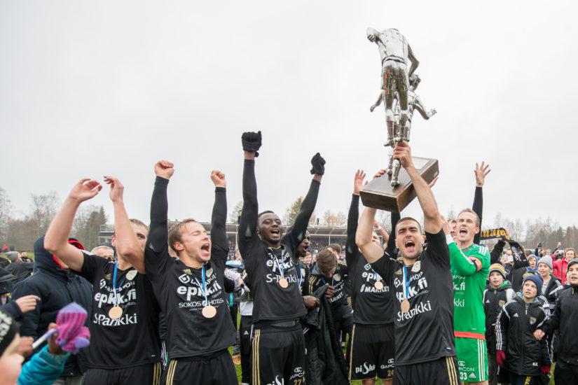 SJK voitti mestaruuden kaudella 2015. Sillä on mahdollisuus uusia temppunsa tänään. (Kuva AOP)