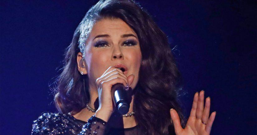Saara Aalto esiintyi Wembleyn stadionilla brittien X Factor -kisan finaalissa.