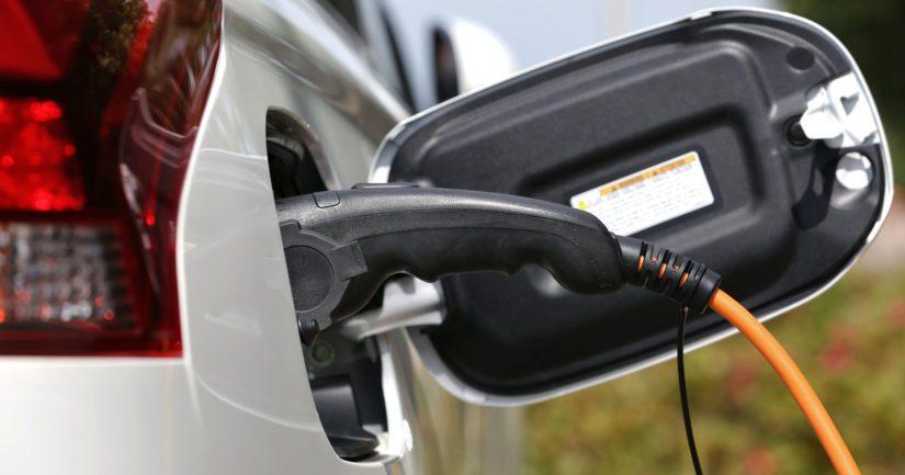 Sähköautojen latauspisteet ovat yleistyneet viime vuosina autokannan muutoksen myötä.