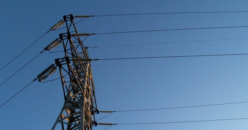 Sähkösopimuksen kilpailutus on helppo ja vaivaton tapa säästää arjen menoissa.
