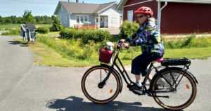 Letkeää menoa ympäri vuoden – sähköavusteinen polkupyörä soveltuu myös huonojalkaiselle