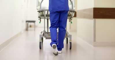 Rokottamattomien riski sairastua on suuri – koronatartunta vei 19 kertaa useammin sairaalaan