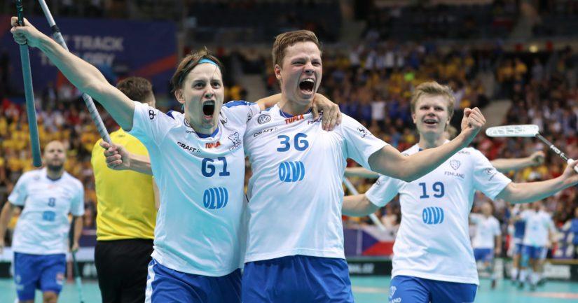 Suomi selviytyi salibandyn MM-finaaliin kaatamalla pauhaavan kotiyleisön edessä pelanneen Tshekin.