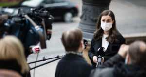 Hallitus linjasi suosituksia koronaviruksen leviämisen estämiseksi – eivät ole oikeudellisesti sitovia