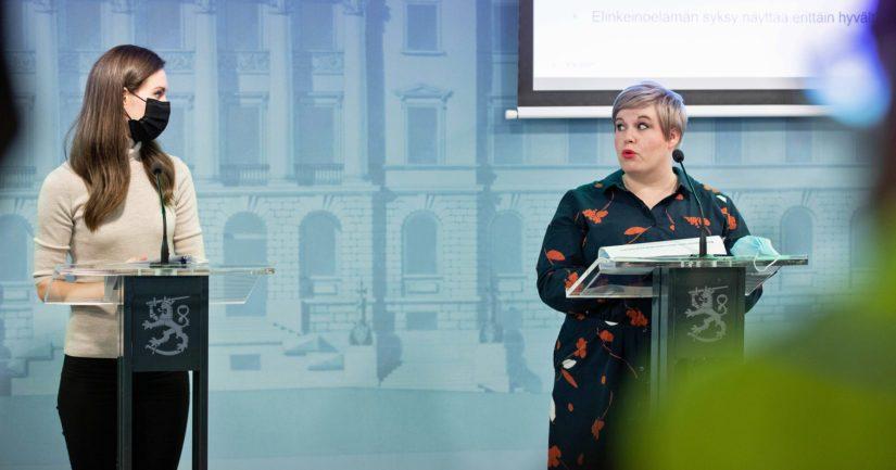 Pääministeri Sanna Marin ja valtiovarainministeri Annika Saarikko kertoivat budjettiriihen tuloksista.
