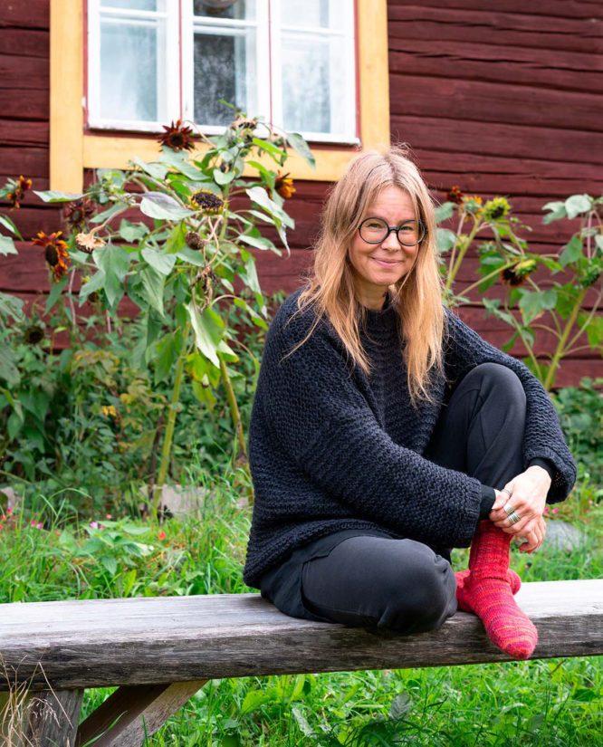 Yhteiskuntatieteilijä Sanna Ryynänen muistuttaa, ettei Suomessa ole vahvaa mielenosoittamisen kulttuuria. Siksi mielenilmaisut koetaan radikaaleina toimina.