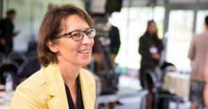 Kristillisdemokraatit valitsivat Sari Essayahin puheenjohtajaksi – Sauli Niinistön presidenttiehdokkaaksi