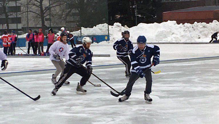 – Pipolätkää on tullut pelattua useampi kerta tänäkin talvena, presidentti Niinistö kommentoi.