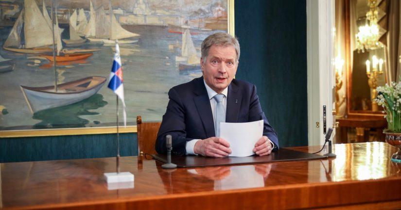 Tasavallan presidentti Sauli Niinistö puhumassa vuoden 2019 uudenvuodenpuhettaan.