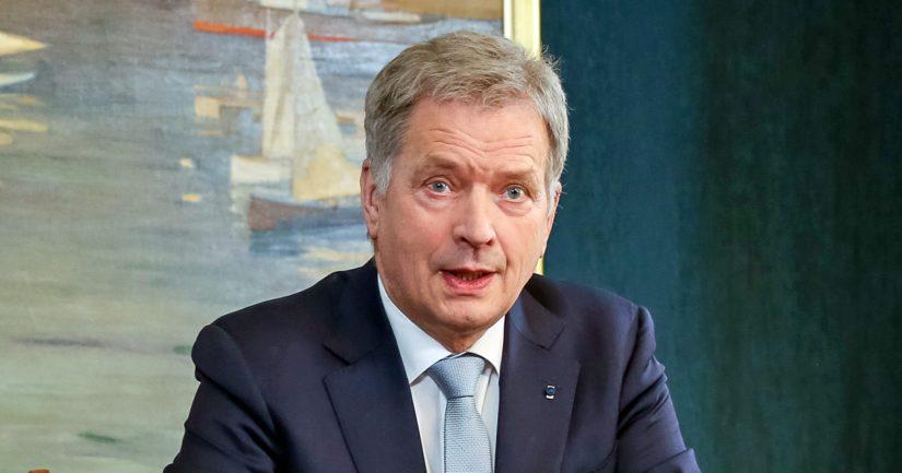 Presidentti Sauli Niinistö sanoi odottavansa hallituksen päätöstä, ennen kuin hän lähtee hallitusta tukemaan.